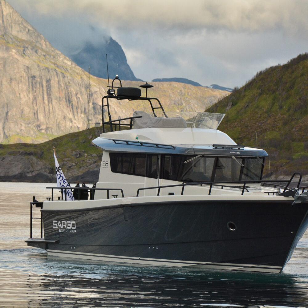 Big Boat Mefjord Brygge - front